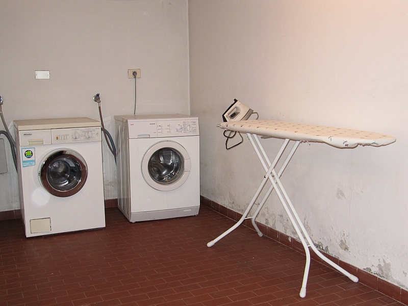 apartments kerschbaumer st ulrich in gr den dolomiten ambiente. Black Bedroom Furniture Sets. Home Design Ideas